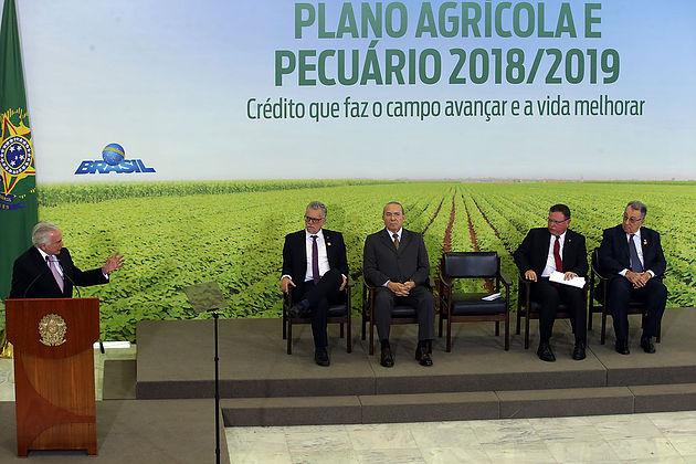 O Presidente Michel Temer Discursa Na Cerimônia De Lançamento Do Plano Agrícola Pecuário 2018/2019, No Palácio Do Planalto.